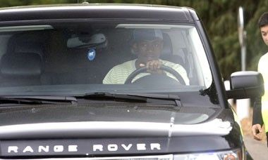 photo of Salomon Kalou Range Rover - car