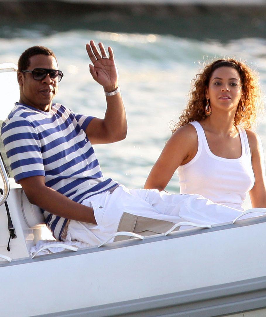 Beyonce & Jay-Z On Luxury Yacht