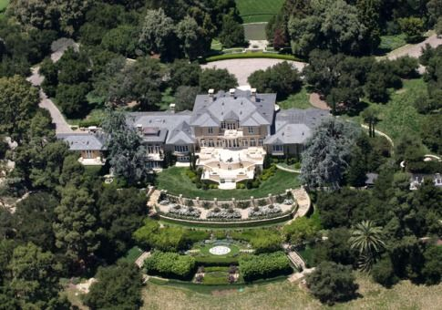 The Homes of Billionaires: Monster Mansions