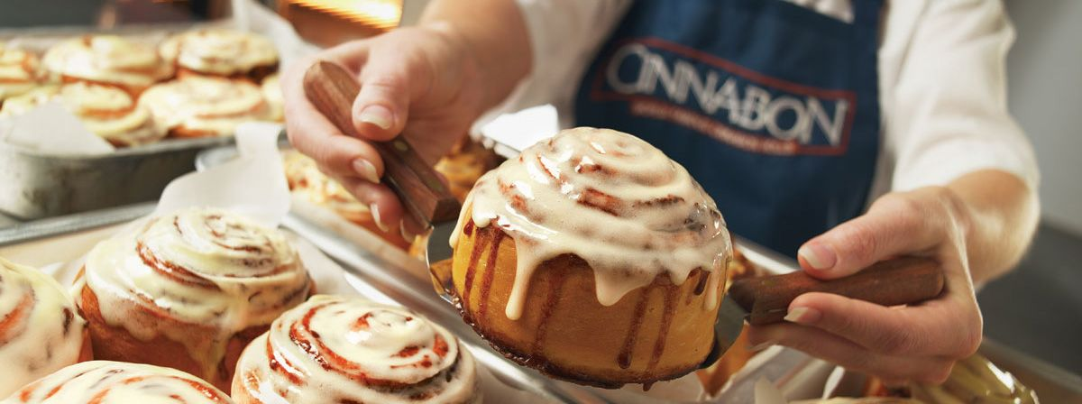Waitress From Hooters Behind the $1 Billion Cinnabon Franchise
