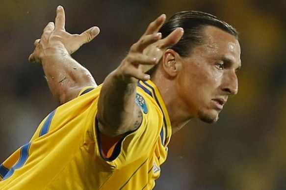 Zlatan Ibrahimovic celebrates after scoring a goal-903000