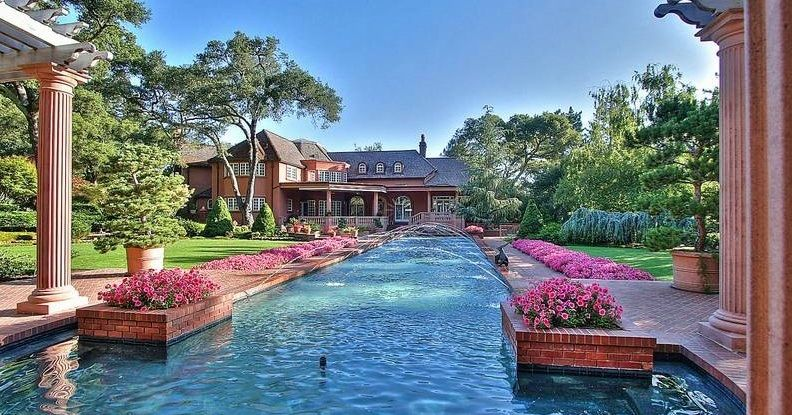 Things rich people want for their homes therichest for Inside homes rich famous