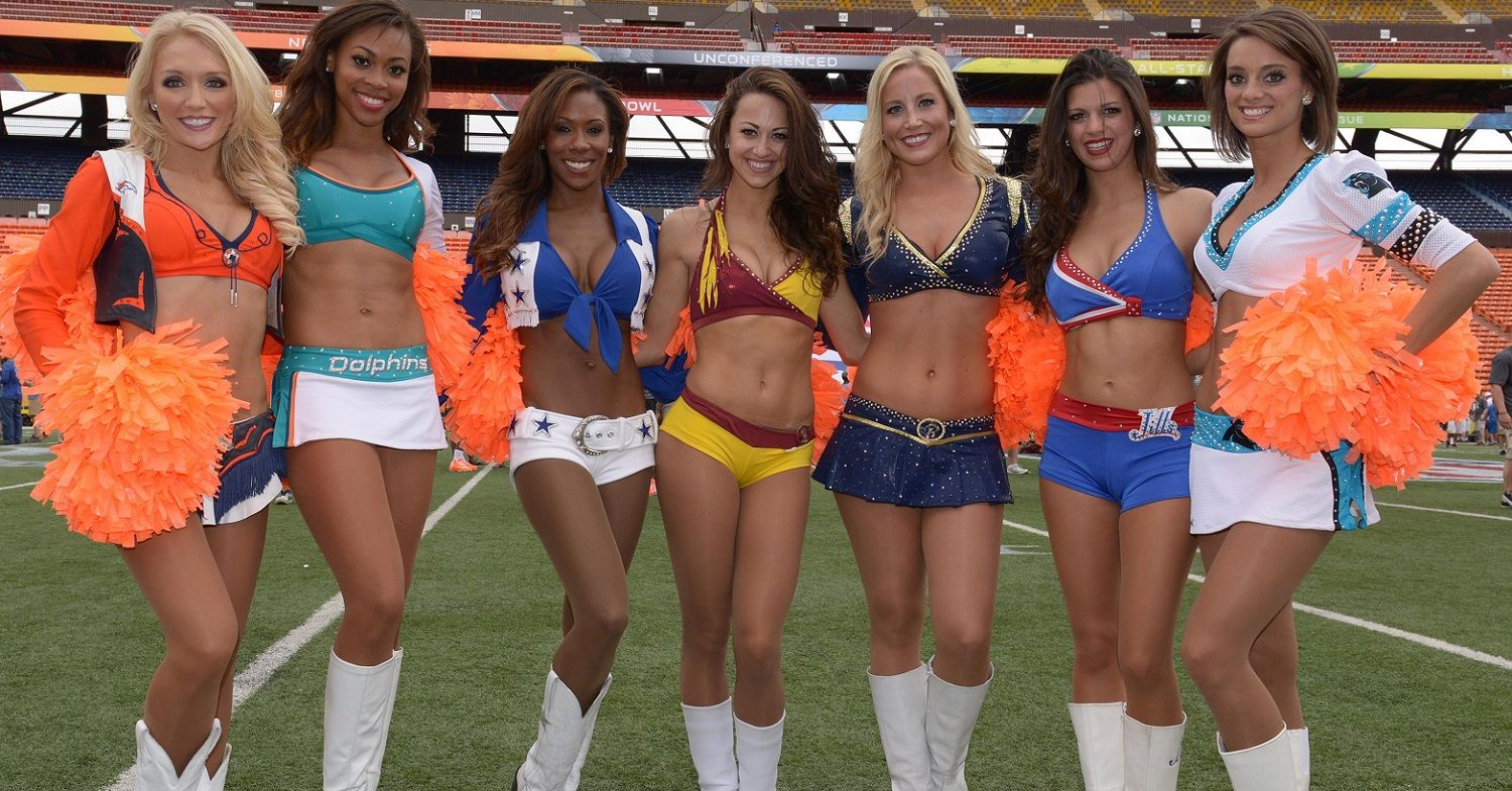Top 10 Hottest Cheerleading Squads in the NFL  4b518ea2e
