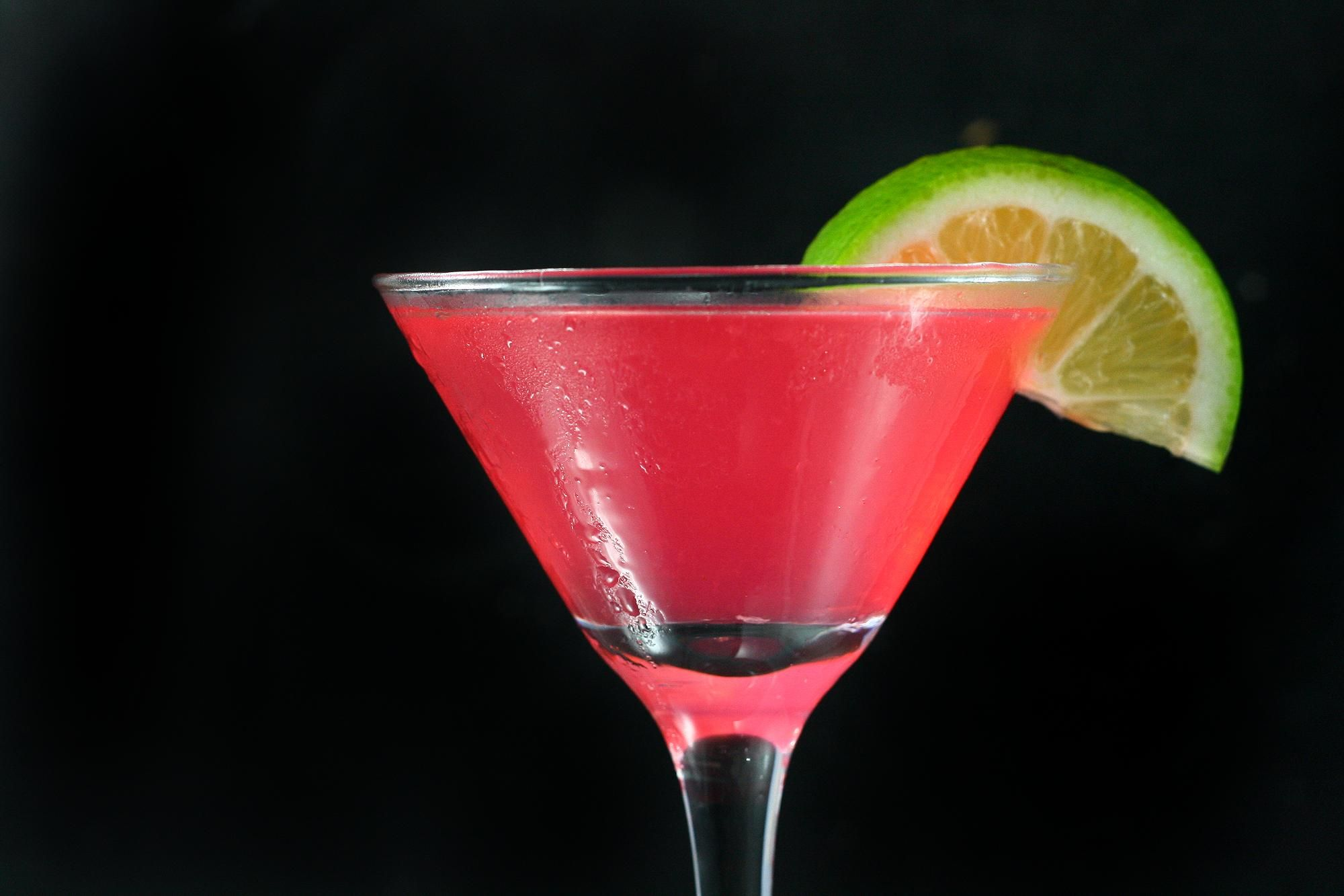 Top 10 Most Popular Cocktails in the World - TheRichest