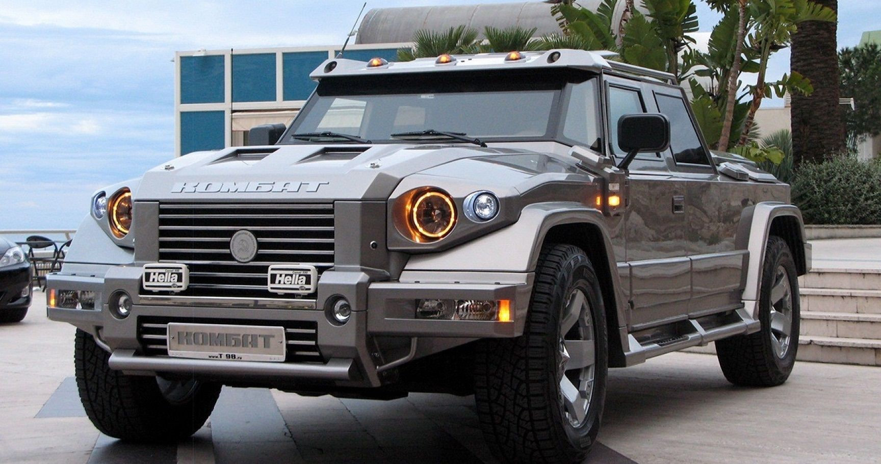Top 10 Most Expensive Suvs On The Market In 2014 Therichest