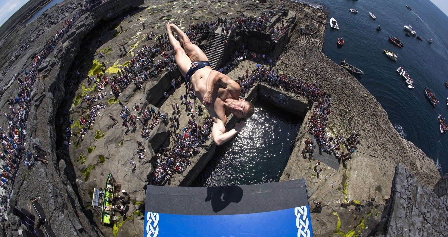 The 10 Most Thrilling Cliff Dives In The World