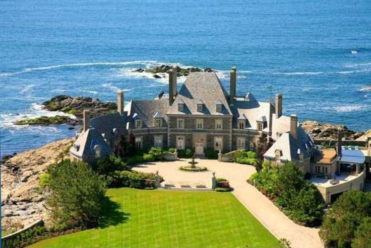 10 Stunning Beachside Luxury Homes For Sale In The U.S.