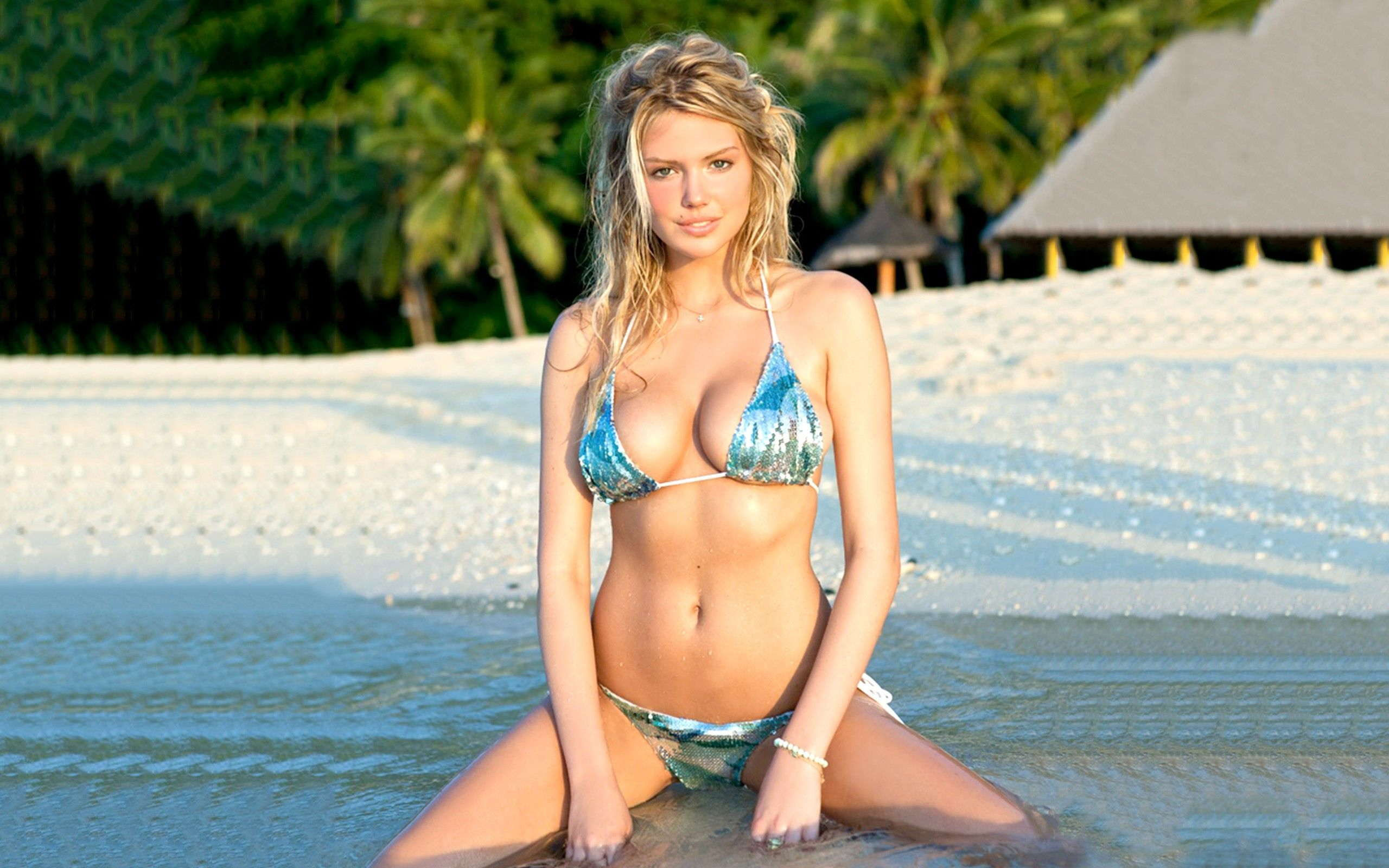 Kate Upton's 15 Sexiest Pictures Ever