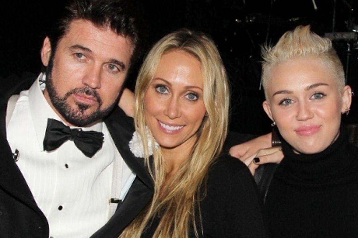 6. Miley & Noah Cyrus
