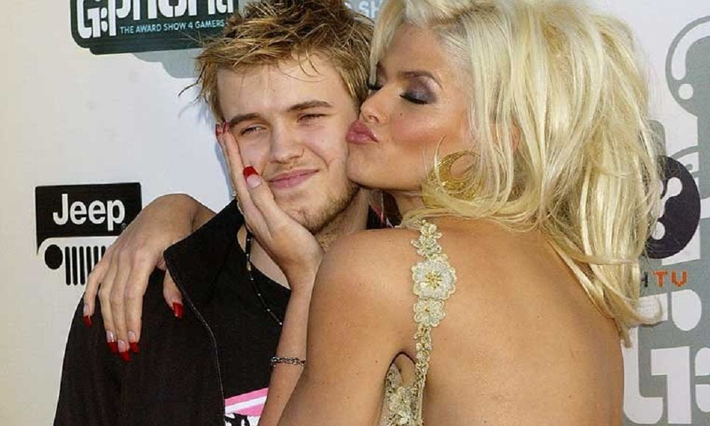 4. Anna Nicole Smith –Daniel Smith