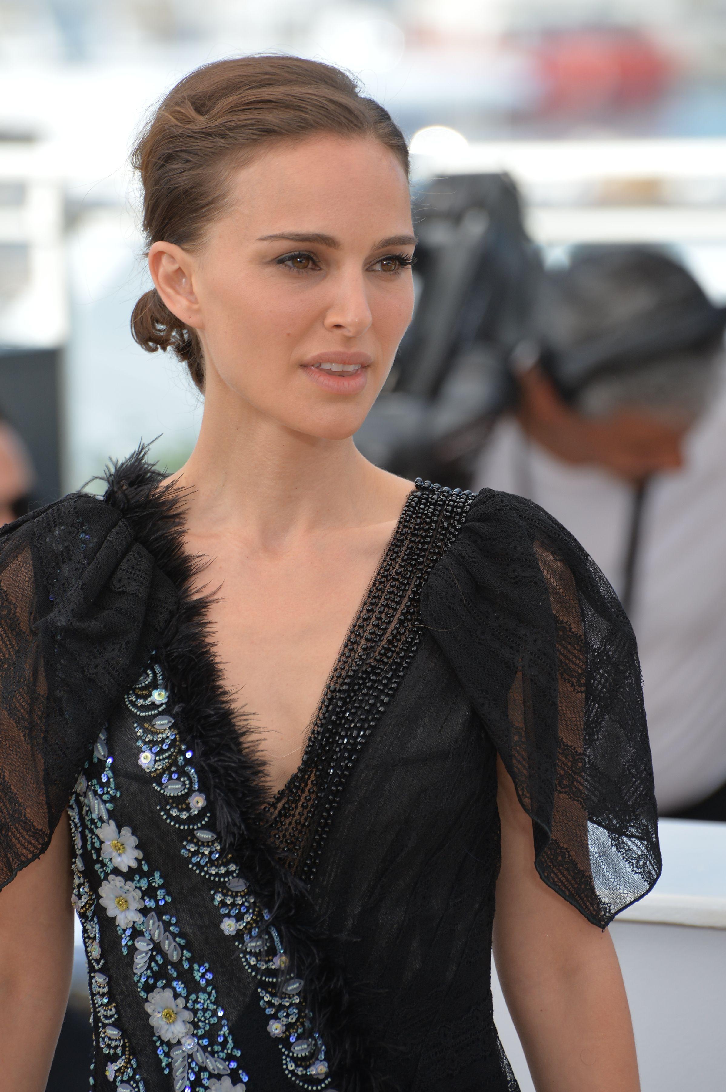 12. Natalie Portman – 140