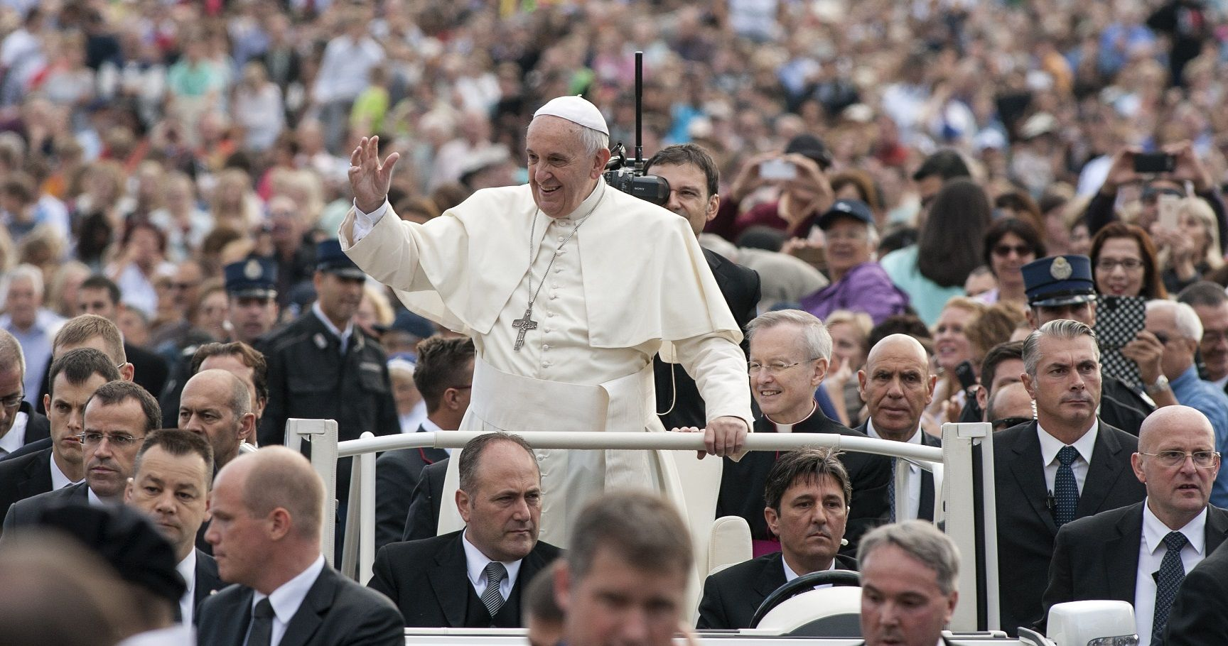 15 Surprising Things You Didn't Know About Pope Francis