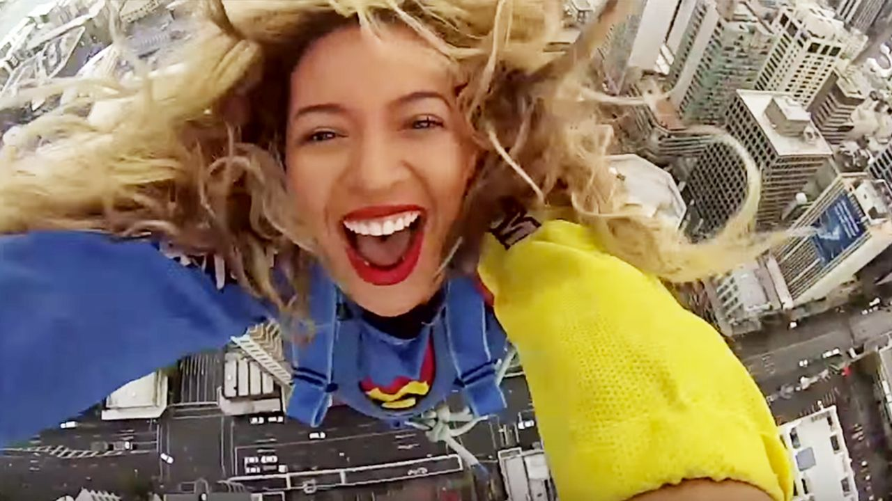5 Celebrities That Are Adrenaline Junkies