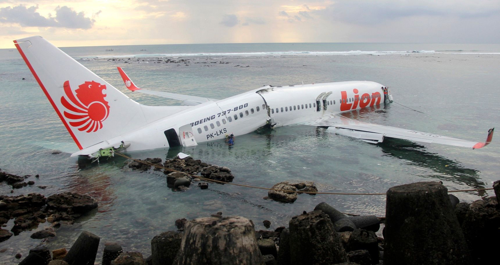 10 Of The Most Terrifying Airlines In The World