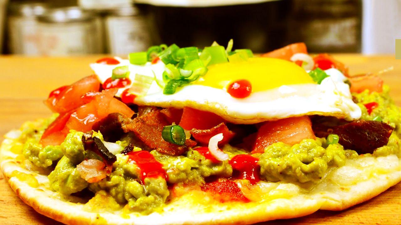 Kickin' Guacamole Breakfast Pizza