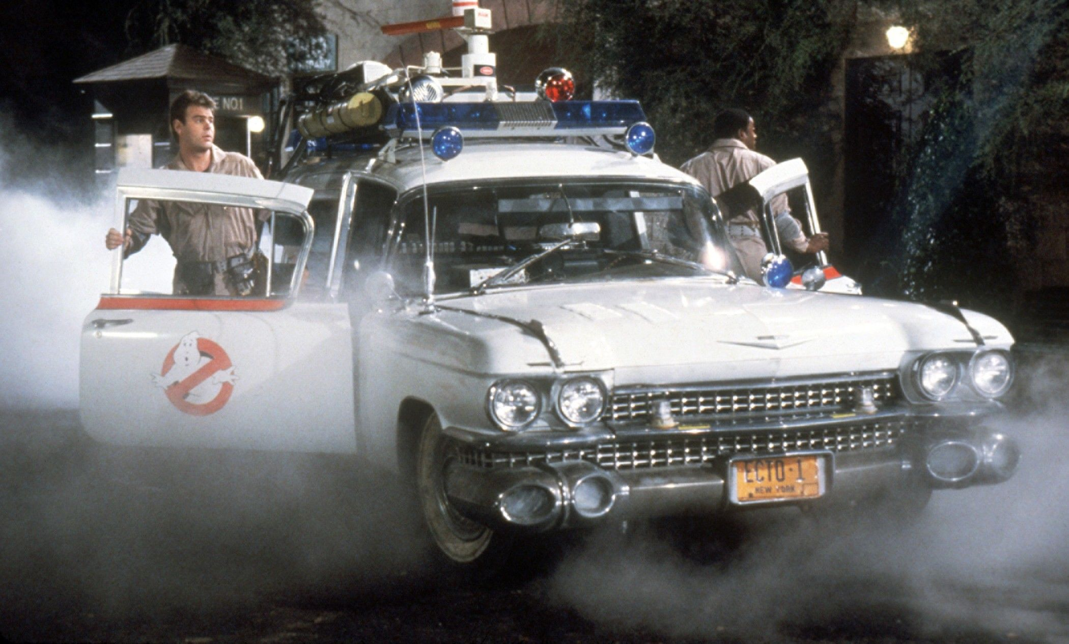 15 Fictional Cars Every Guy Wants To Drive