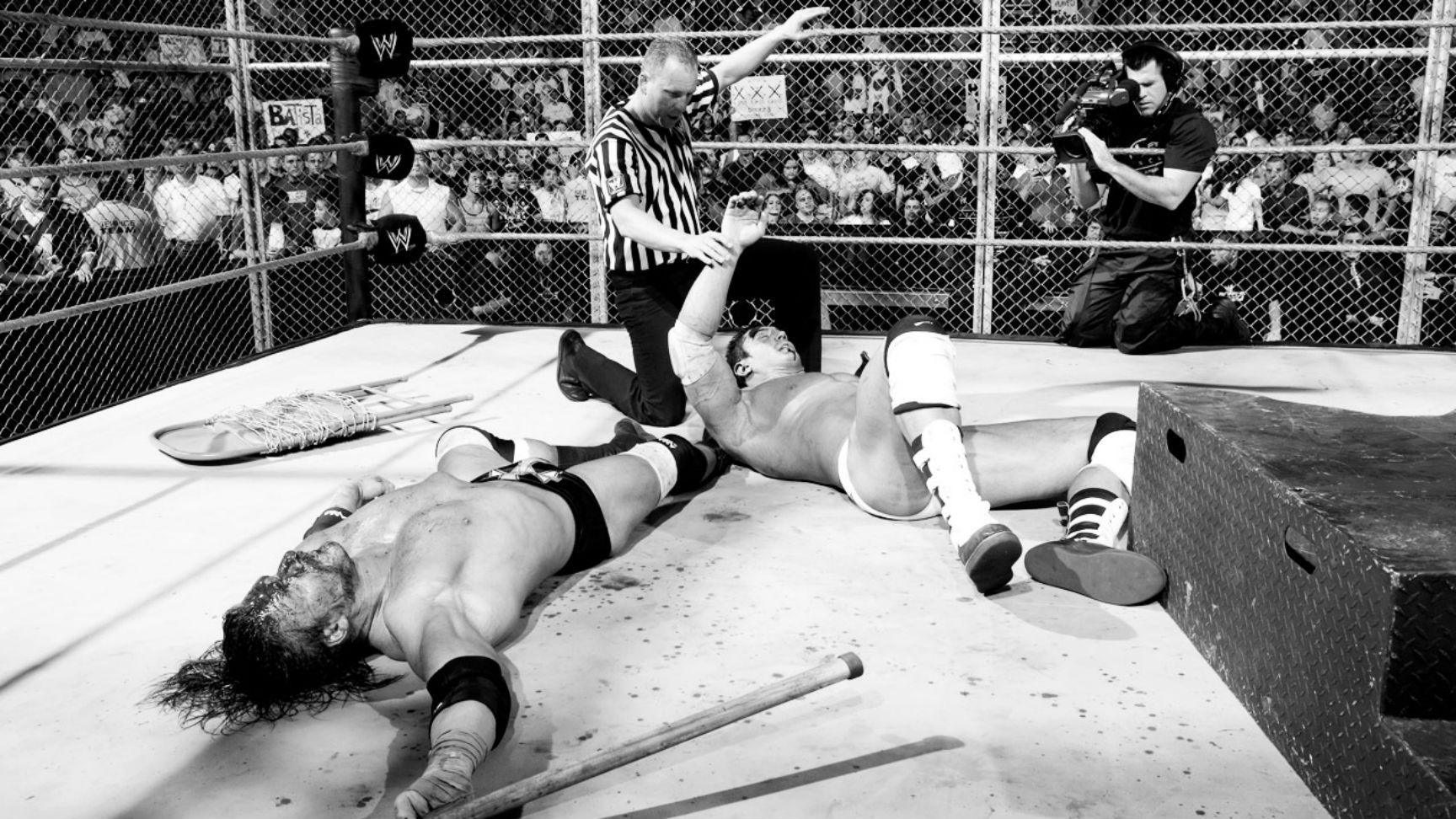 10 Ridiculously Bloody Matches That Took Place In WWE