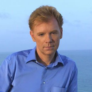 The 61-year old son of father Charles Caruso and mother Joan Caruso, 183 cm tall David Caruso in 2017 photo
