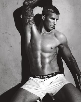 Eye-Candy-of-the-Day-David-Beckham-in-Emporio-Armani-Underwear_blog_image