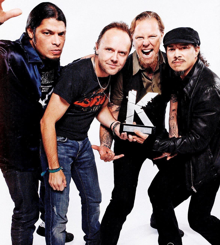 Metallica-metallica-32496204-1174-1313